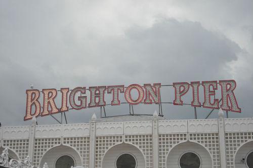 Brighton_pier_sign