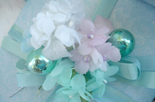 Gift wrapping_blog_pastel millinery