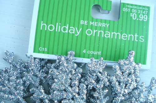 Target_ornaments_silver snowflakes