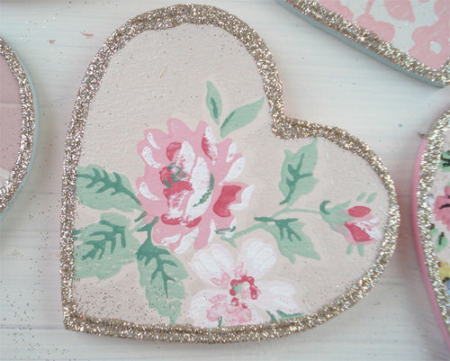 Vintage wallpaper hearts_blog_5