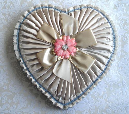 Vintage valentine boxes_5