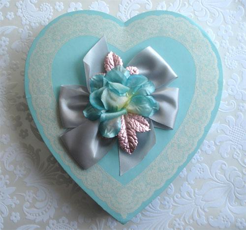 Vintage valentine boxes_2