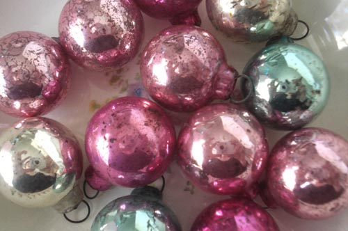Such pretty things holidays mercury glass ornaments feather treeshabby mix large solutioingenieria Gallery