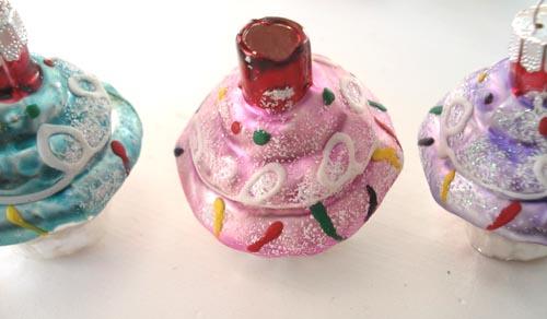 Cupcake_ornaments_4