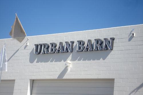 Urban barn_1