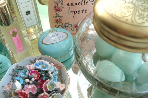 Vanity jar_1517_3