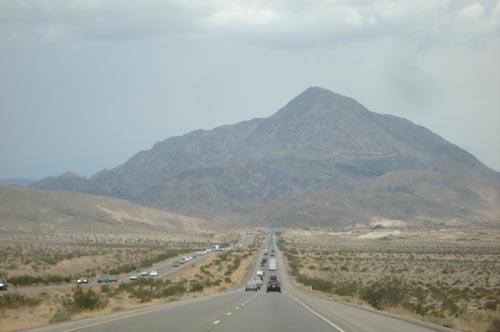 Desert_drive_road