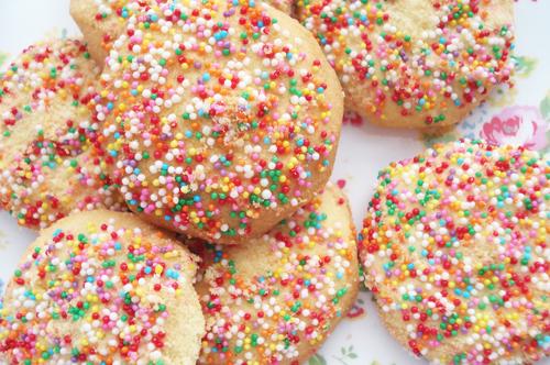 Sprinkle cookies_4