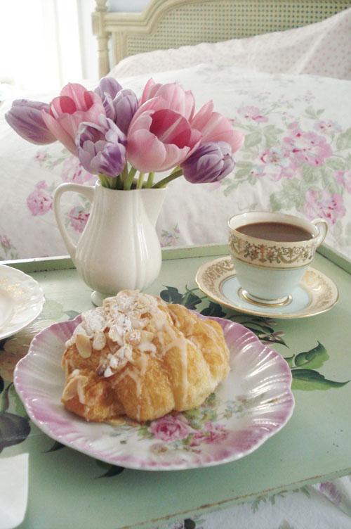 Breakfast in bed_4