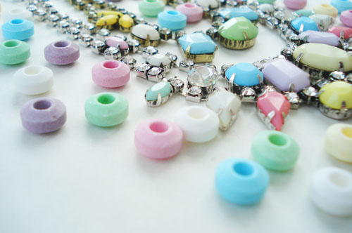 Candy necklace_uo_2