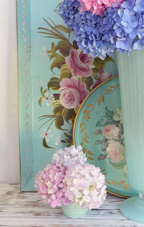 Blue vase target_1