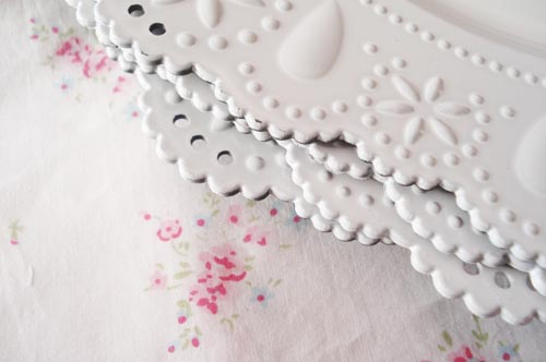 Lace chargers_2