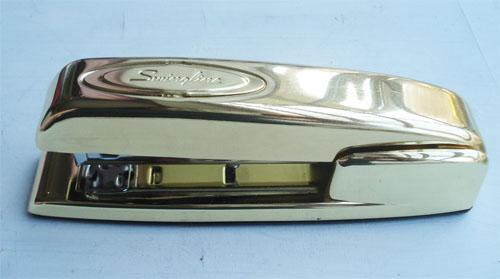 Gold stapler_4