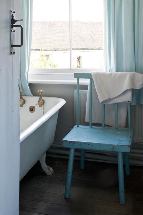 Annie sloan_bathroom