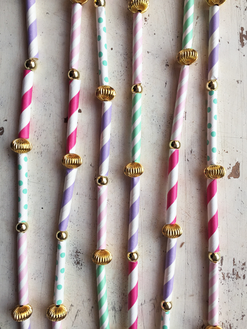Straws_garland_7