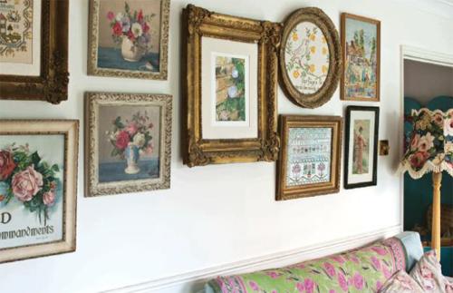 Annie sloan wall art